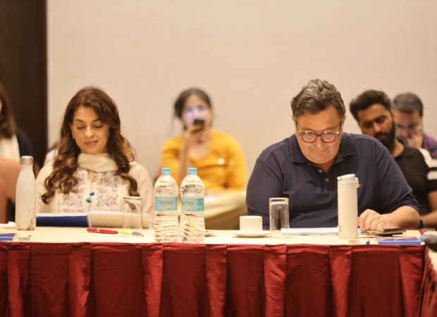 Makers of Sharmaji Namkeen starring Rishi Kapoor and Juhi Chawla determined to complete the film